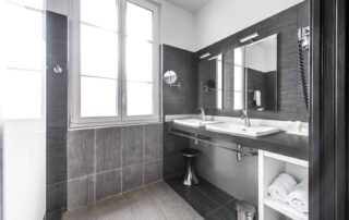 Hotel Le Saint Paul Chambre Deluxe douche moderne