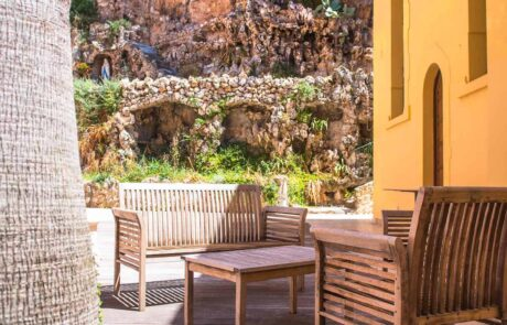 Hotel Le Saint Paul, patio