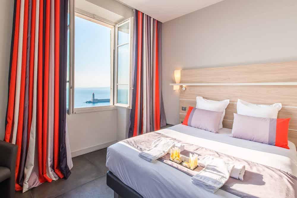 Hotel le Saint Paul suite vue mer