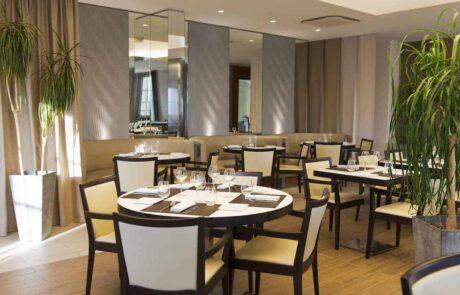 Hotel Le Saint Paul salle de restaurant